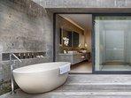 Villa Hamsa - Guest bedroom one outdoor bath