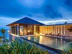 Villa Hamsa - Pool area ambience