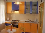 Lara (4+1): kitchen