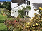Georgeham Holiday Cottages Perrymans Flowers