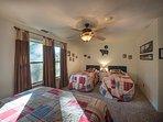Wawona Room - XL Twin beds, Queen bed