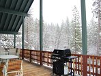 Front deck with gas grill