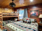 The Bear Room with Queen & Twin Bunk Bed - sleeps 4