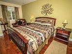 Bedroom 6: Queen Bed, Private Bath, TV