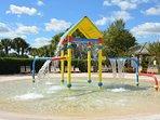 Communal kiddies splash zone