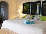 Courtyard King Bedroom w/en suite bath