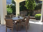 fully enclosed rear patio. great for kids, and alfresco dining