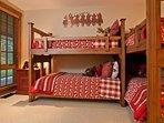 bunk room sleeps 4
