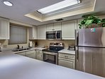 All stainless appliances in kitchen