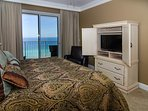 Wake up to the gorgeous water views every day!