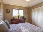 Bedroom 3: Queen Bed (upstairs)