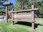 sign to Snowcreek