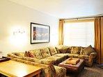 LivingRoom/Queen Sleeper Sofa