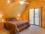 Pinecone Master bedroom has queen bed