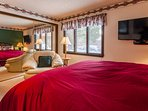 Guest Bedroom #2- Kink bed