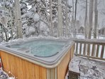 Private Jacuzzi Hot Tub with seating for 6-8