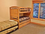 Bunk room on upper floor with 5 twin beds and full bathroom - Park City Tranquility - Park City