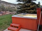 Private back yard with 6-seat hot tub, patio/yard and lots of open space - Park City Tranquility - Park City