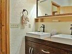 Park City Lowell Estate Master bathroom
