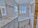 Park City Ontario Manor-Master Bathroom- newly remodeled