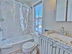 Park City Ontario Manor-Bathroom between bunk room and bedroom #3