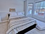 Park City Ontario Manor-Bedroom #3 with Queen Bed and shared bath