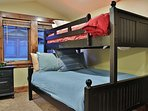 3rd Bedroom of Badgerland - Park City. Fifth bedroom with 2 queen beds with twin bunks above each