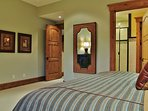 Master Bedroom 2 with King size bed in Lookout 22 - Deer Valley