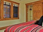 Bedroom 4 with King size bed in Lookout 22 - Deer Valley