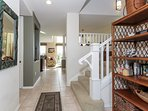 Fairway Villas M3 - Staircase