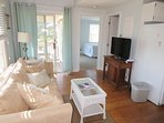 Coastal cottage with comfy seating - 46 Little Beach Road Chatham Cape Cod New England Vacation Rentals