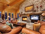 Stone and wood features Let you know you are in the mountains the moment you arrive