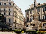 a dieci minuti a piedi: Piazza dei Martiri, il salotto buono della città