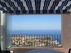 Une vue panoramique à 180° sur la mer
