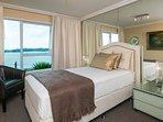 Single bedroom with king single