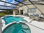 Peaceful & secluded pool with a gas BBQ & outside pool bath with WC & washbasin