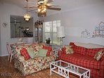 Charming pet friendly cottage home located in historic side of Villages, FL