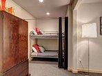 Buffalo Mountain Vista Downstairs Bunk Beds Frisco Lodging Vacat
