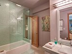 Buffalo Mountain Vista Downstairs Bathroom Frisco Lodging Vacati