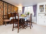 Dining room -  kettle, toaster, coffee machine and free coffee capsules provided