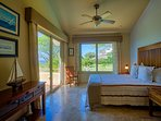 Ocean - En-suite queen bedroom