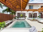 Jacuzzi Lounge Lani with step bar area pit! Added bonus, if you rent the front house in combination with this back...