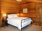 Bedroom 2 - Queen, Private Bath
