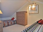Loft Bedroom with 3 Twin Beds