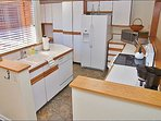 L Shaped Kitchen, Fully Equipped