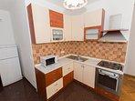 A8(6+2): kitchen