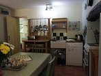 Country style kitchen with all the mod cons - double oven, dishwasher, microwave & lots more extras