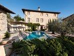 Villa Montebello - pool, poolhouse and lobby