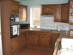 Fully fitted kitchen.