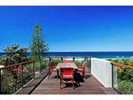 Peregian Dreaming Beach House with Stunning Views